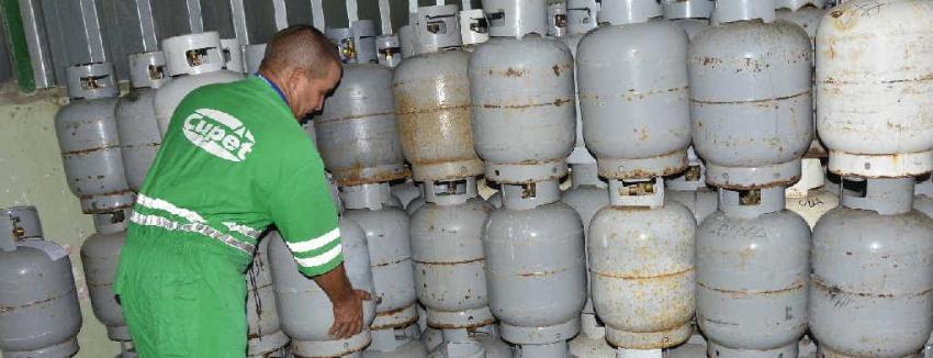 Cuba regula la venta de gas licuado, y enciende las alarmas de crisis