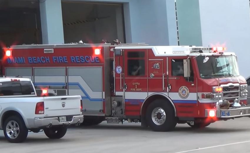 Delincuentes robaron autos, artículos personales y un arma de fuego del Departamento de Bomberos de Miami Beach
