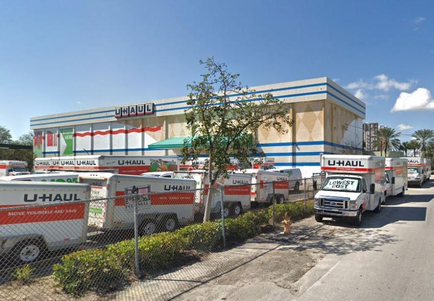 Compañía U-Haul en Florida están ofreciendo 30 días de almacenamiento gratuito por el huracán Dorian