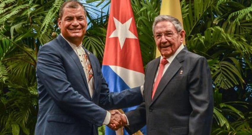 Rafael Correa, un prófugo de la Justicia ecuatoriana, sostuvo un encuentro con Raúl Castro en La Habana