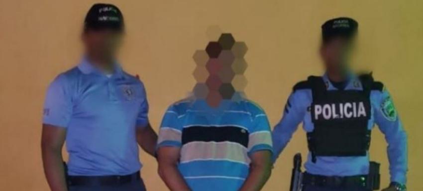Policía hondureña captura a dos migrantes cubanos y al coyote que los llevaba rumbo a EEUU