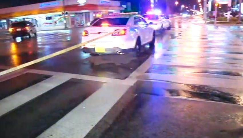 Peatón muere impactado por un camión cisterna de gas en Miami