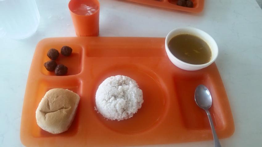 Despiden en Cuba a trabajador de ETECSA por publicar en Facebook una foto del almuerzo