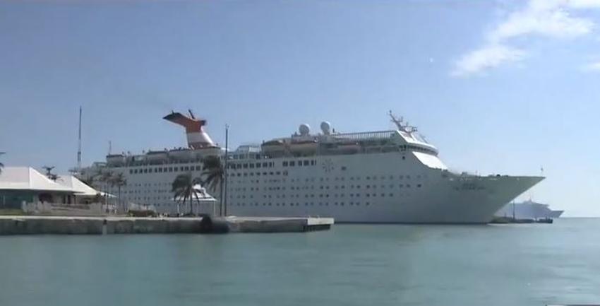 Llegan al sur de la Florida más de 1400 evacuados de las Bahamas tras el paso de Dorian