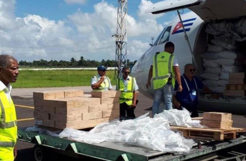 Cuba envía carga de ayuda humanitaria a las Bahamas
