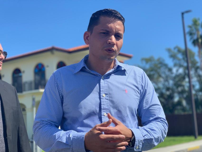 Opositor cubano Eliécer Ávila se posiciona a favor del fin del embargo de Estados Unidos a Cuba pero también pide el fin del bloqueo interno