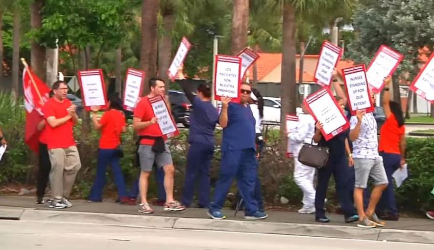 Enfermeros en Miami participan en huelga para solicitar mejores condiciones laborales