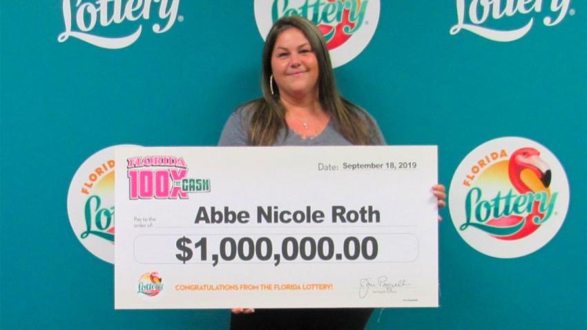 """Mujer del Sur de la Florida gana 1 millón de dólares con """"raspadito"""" de la Lotería de la Florida"""