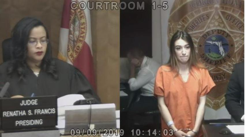 Mujer roba a un hombre y lo rocía con gas pimienta en un hotel en Miami Beach