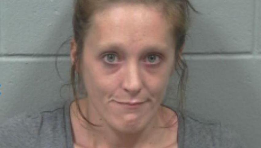 Una mujer es arrestada por matar a su bebé de un año tras frotar heroína en sus encías para que se durmiera