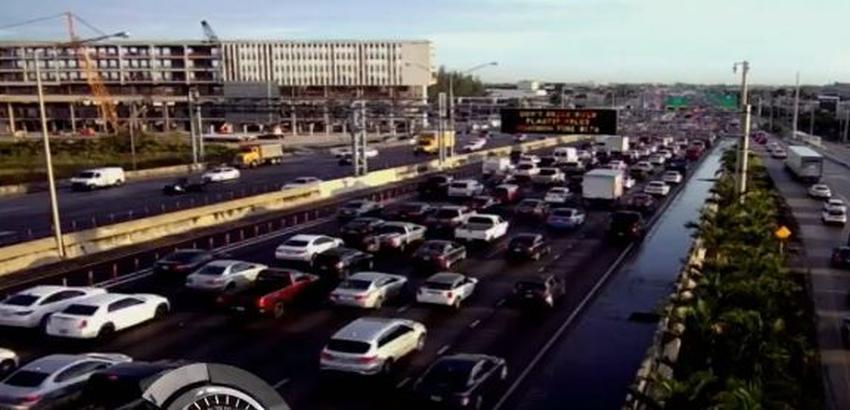 Accidente causa el cierre de tres vías en el Palmetto Expressway