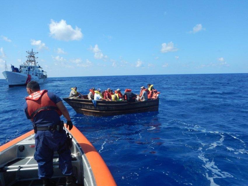 Un total de 40 balseros cubanos fueron interceptados tratando de llegar a Estados Unidos en el año fiscal 2020