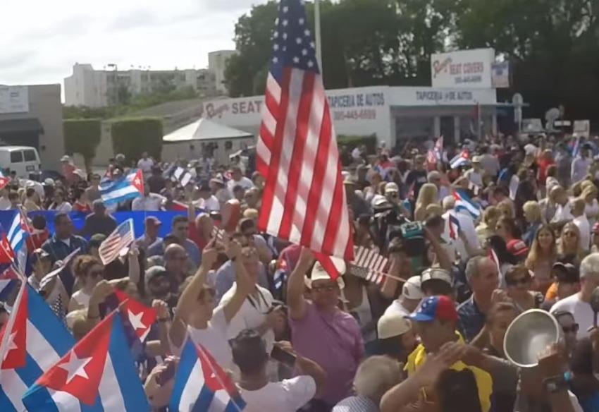 Cubana que vive en Miami arremete contra el sistema de vida en Estados Unidos