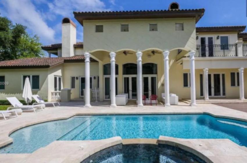 En venta por 3.2 millones la espectacular mansión de Luis Fonsi en Miami 5