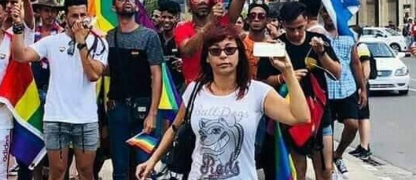 Policía política le quita la licencia a una cuentapropista por su activismo contra la dictadura