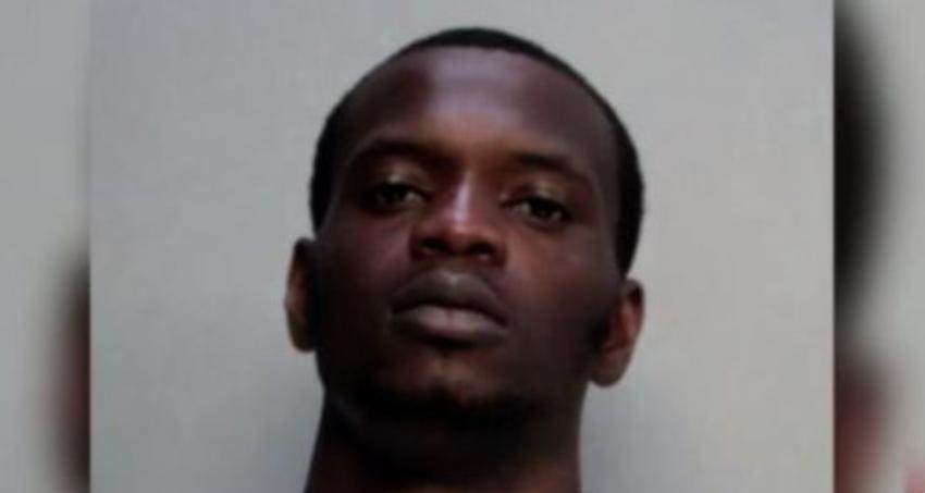 Detienen a ladrón que asaltaba a punta de pistola en Hialeah