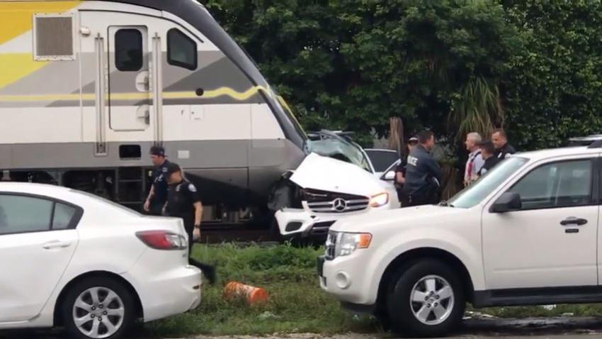 Tren Brightline golpea un SUV cerca de Aventura, una persona pierde la vida