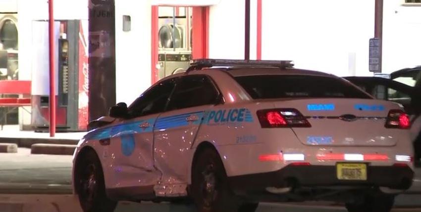 Conductor se da a la fuga tras chocar con una patrulla de la Policía de Miami; oficial es transportado al hospital