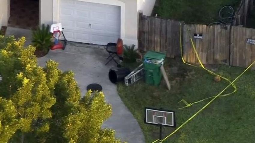 Dos adolescentes mueren en Miami-Dade tras recibir un disparo de un amigo que jugaba con un arma de fuego
