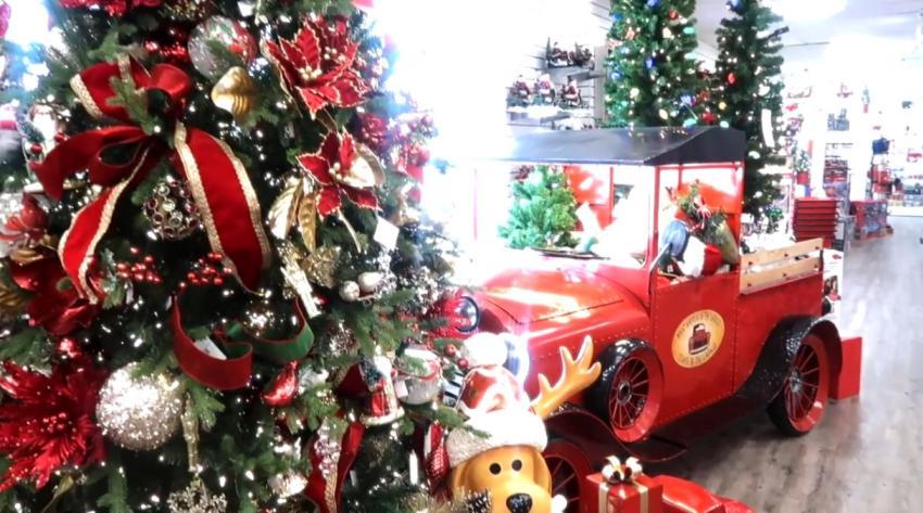 Experto asegura que las personas que decoran temprano para navidades son más felices