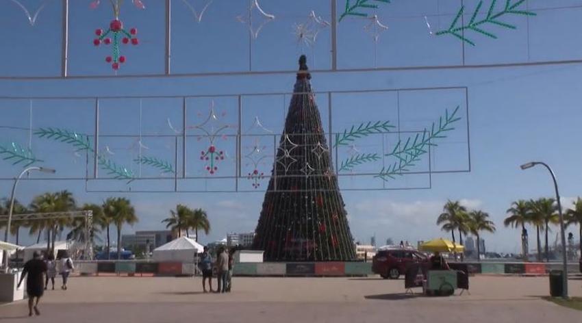 Bayfront Park en el Downtown de Miami abre una villa por los días festivos de diciembre