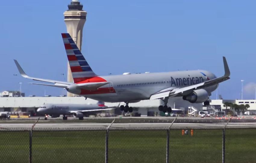 Trabajo como controlador de tráfico aéreo en Miami podría generar ingresos de 105 mil dólares al año como promedio