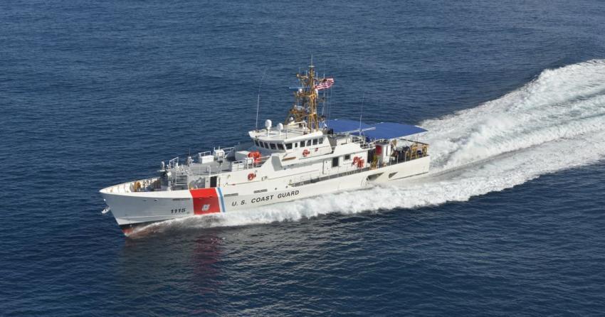 Guardia Costera intercepta a 12 migrantes que viajaban rumbo a la Florida