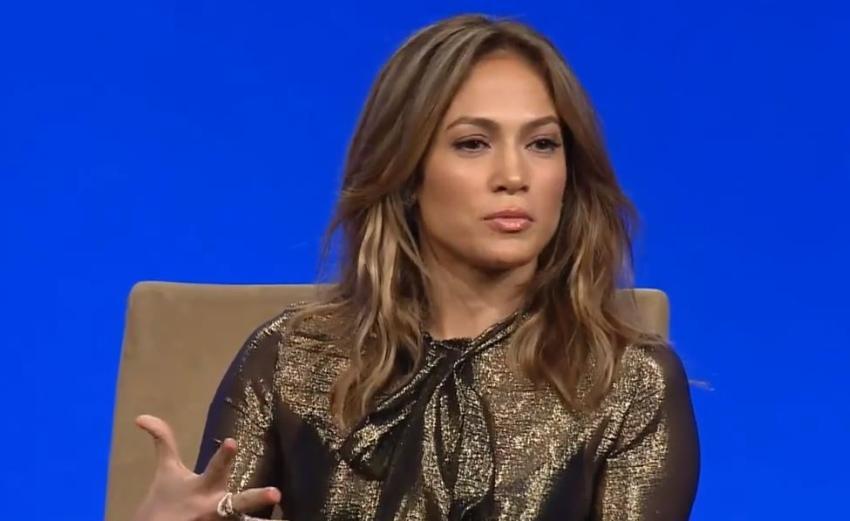 Jennifer López denuncia que fue acosada sexualmente por un director de cine