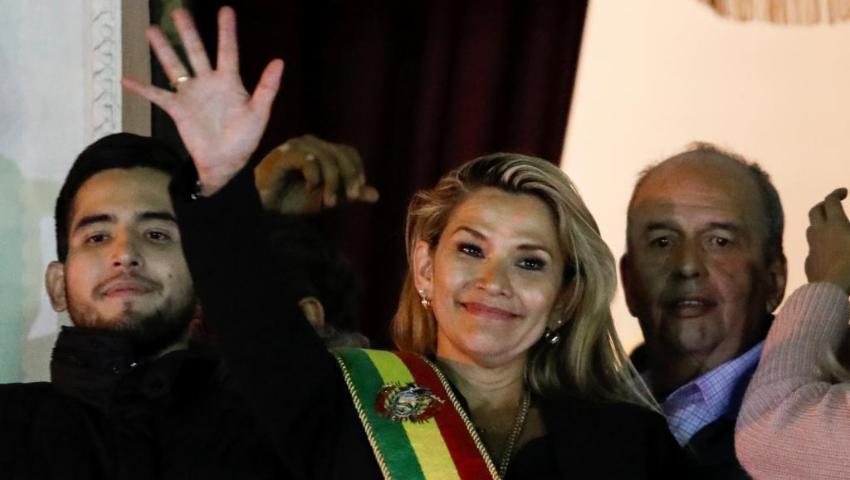 Denuncian que cubanos y venezolanos están detrás de un grupo criminal que amenazó de muerte a la presidenta de Bolivia Jeanine Áñez