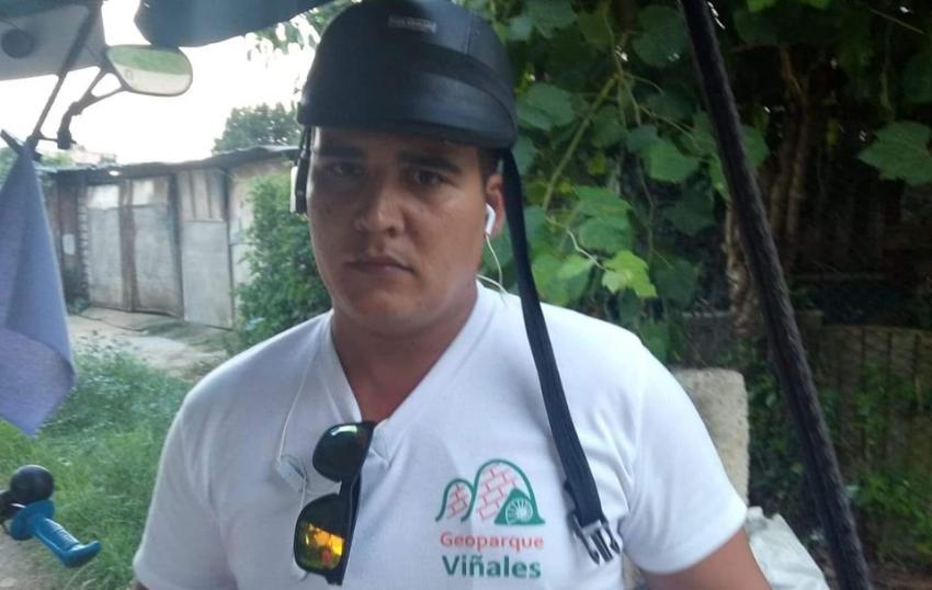 Denuncian a oficial de la policía castrista que se dedica a acosar y a torturar a opositores