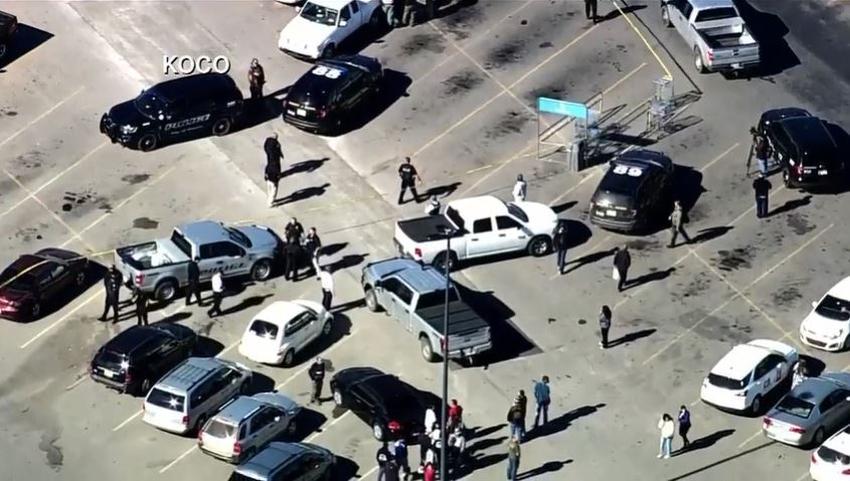 Tres personas mueren en un tiroteo en un Walmart en Oklahoma