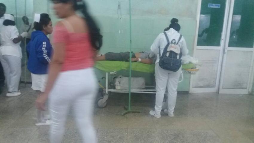 Al menos dos fallecidos y once heridos, algunos graves, en accidente masivo en Mayabeque