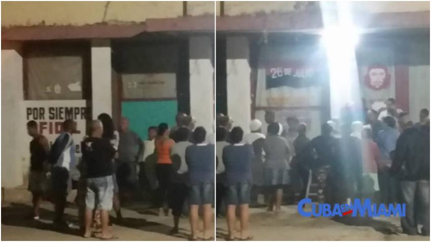 """Bajo carteles de """"Por siempre Fidel"""" y fotos del Che, los cubanos hacen colas de días para comprar cemento por 120 pesos"""