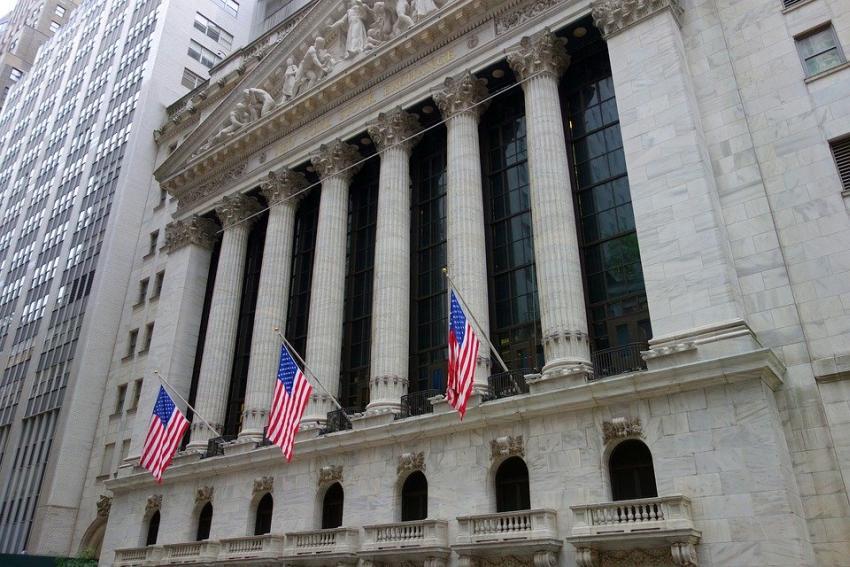 Economía de Estados Unidos adiciona 145 mil puestos de trabajo; el desempleo se mantiene al 3.5%