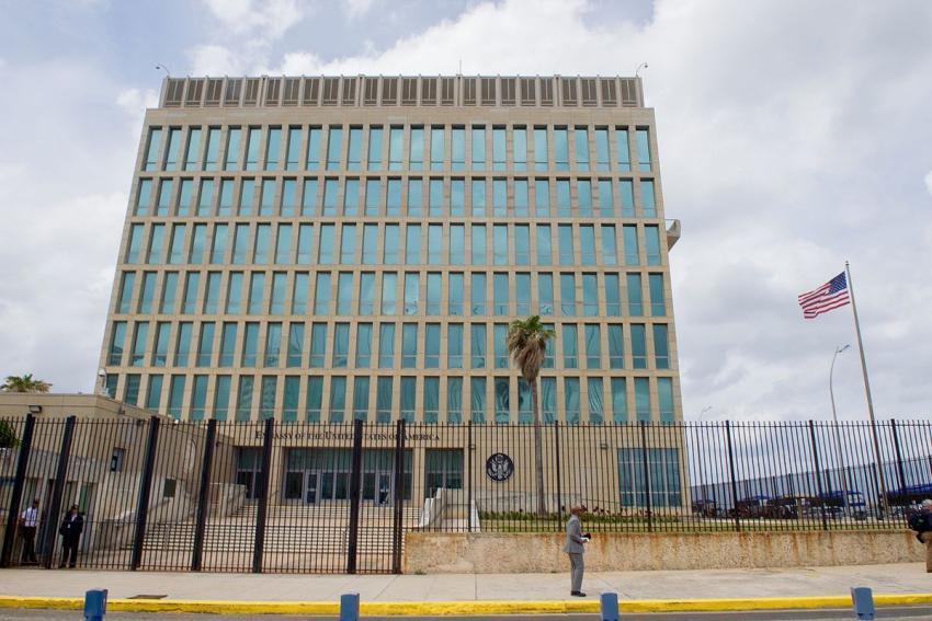 La embajada de Estados Unidos en Cuba organiza dos vuelos para repatriar ciudadanos y residentes varados en la isla