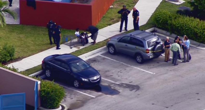 Un niño dispara accidentalmente a su madre en un estacionamiento de Fort Lauderdale