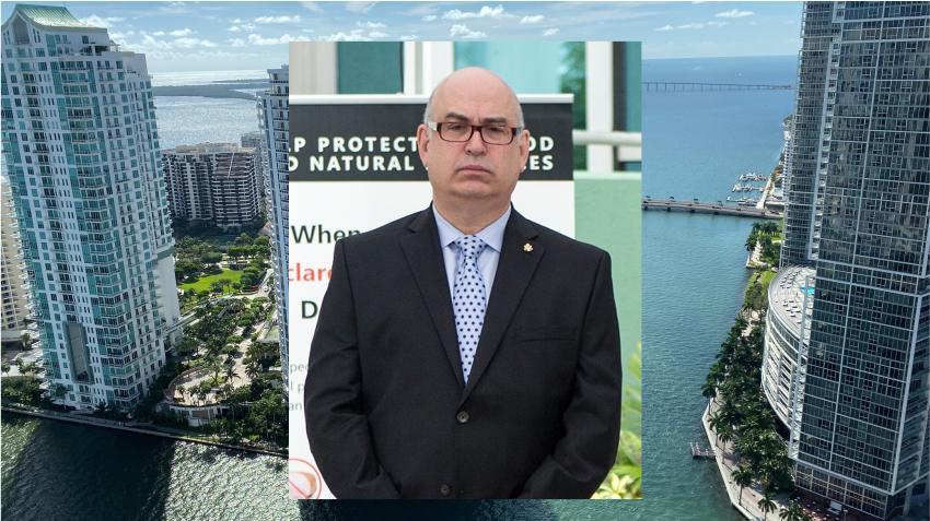 Renuncia como administrador de la ciudad de Miami el cubanoamericano Emilio González