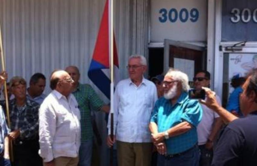 Funcionarios castristas se reunieron con emigrados cubanos que apoyan a la dictadura cubana desde Miami