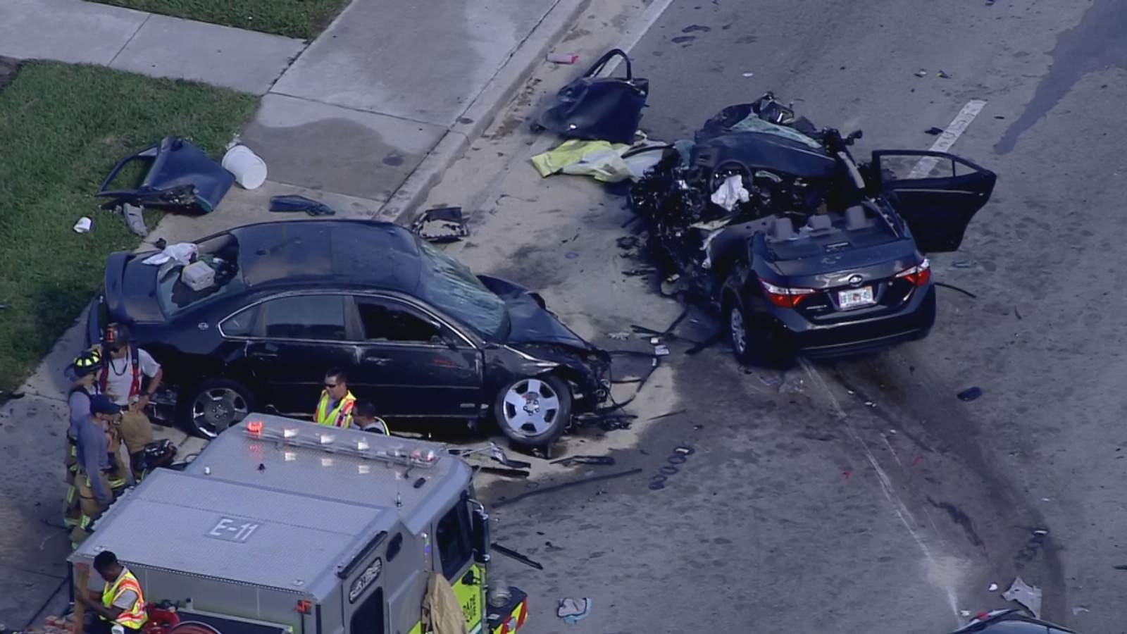 Policía de Miami Gardens responde a aparatoso accidente que dejó dos heridos