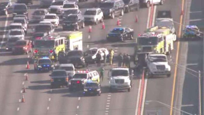Cierran varias vías en el Palmetto Expressway por accidente que dejó un herido