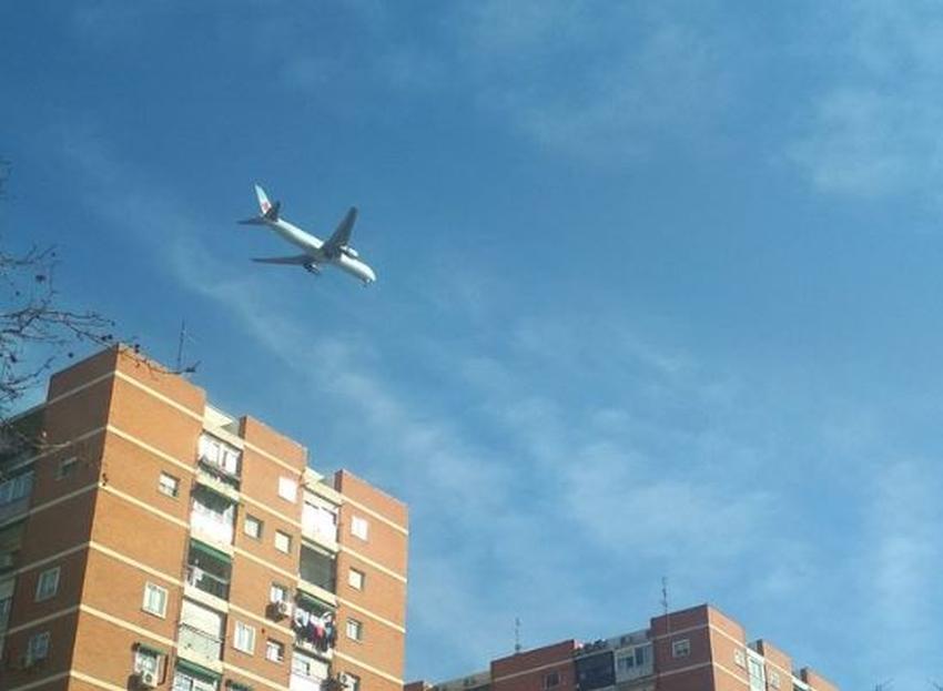 Avión de Air Canada se prepara para aterrizaje de emergencia en Madrid; Tiene problemas en el tren de aterrizaje