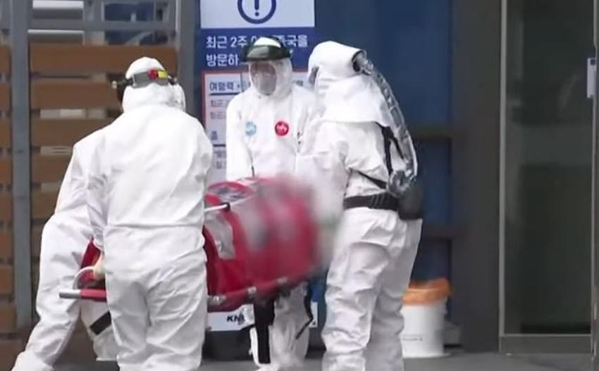 """La Organización Mundial de la Salud advierte sobre """"potencial pandemia"""" de coronavirus"""