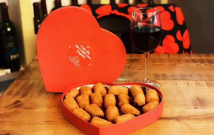 Restaurante cubano Islas Canarias en Miami trae de vuelta sus cajas de croquetas en forma de corazón por el día de San Valentín