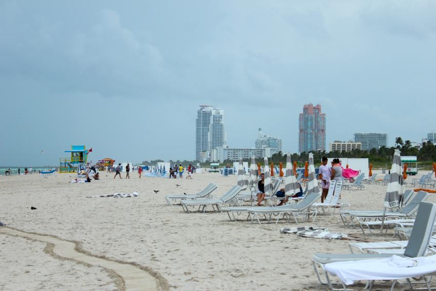 Miami Beach y Fort Lauderdale ordenan cerrar sus playas, y limitar los horarios de restaurantes y bares