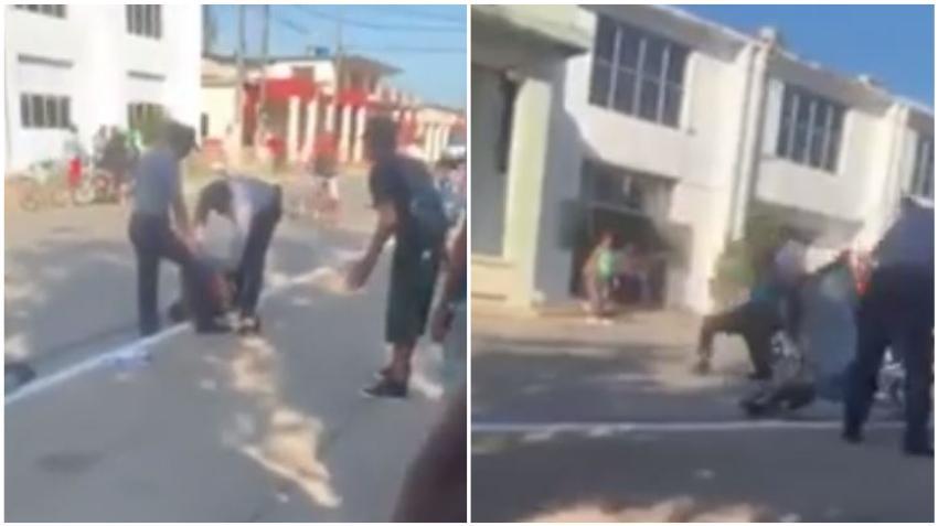 Agentes de la policía en Cuba detienen de manera violenta a un hombre que trabaja en un bicitaxi en Artemisa