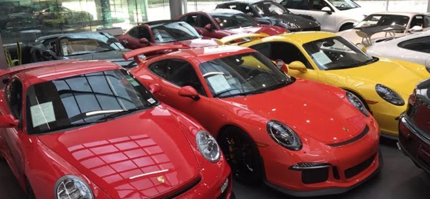 Sentenciado a seis años y medio de prisión un vendedor de autos que robó $ 3 millones a clientes en Florida