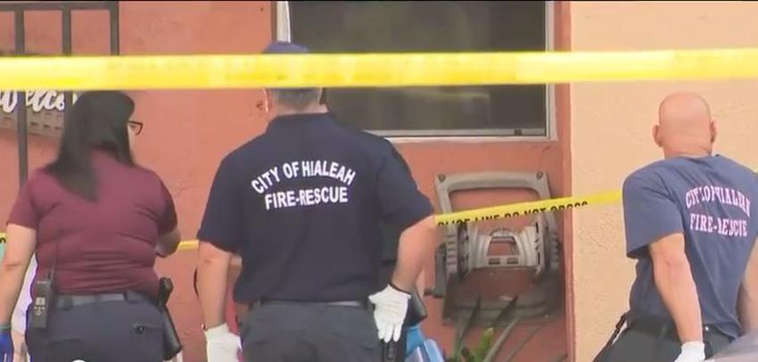 Policía investiga el apuñalamiento de una mujer en Hialeah tras aparente disputa doméstica