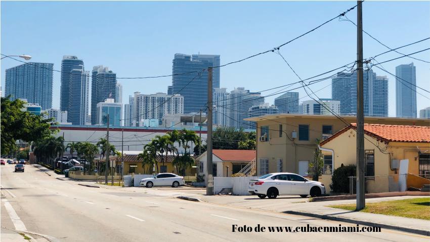 Piden a gobernador de Florida que emita orden que prohíba los desalojos a quienes no puedan pagar la renta