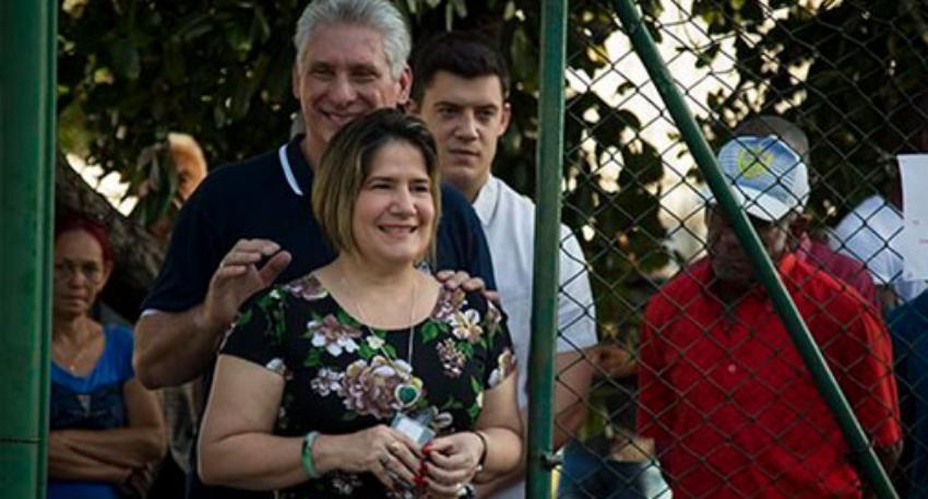 Denuncian Lis Cuesta tiene una cuenta de 300 mil euros en un banco español