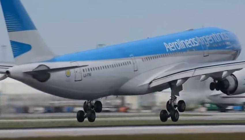 Aerolíneas Argentinas cancela vuelos a Roma, Miami y Orlando debido a temores por el coronavirus